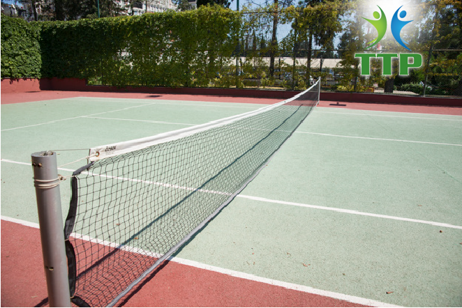 thi-cong-san-tennis